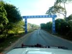ZAMBIA 55 LAGO KARIBA. LOS CHINOS  ES UNA INVASION ESTAN CONSTRUYENDO  CARRETERAS POR TODA AFRICA