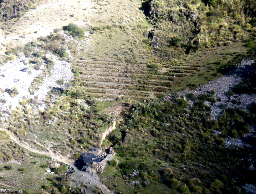 Peru 104 Bajando A Chavin Terrazas Precolombinas Para El
