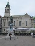 CROACIA 12. (ZAGREB) LA PLAZA DE PETA PRERADOVIC, QUE ERA UN POETA SERBIO DE CROACIA