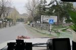 GEORGIA 147. (ATRAVESANDO EL CAUCASO) AL FIN UNA INDICACION, CLARA, ESTAMOS A UNOS 90 KM. DE LA CIUDAD RUSA DE VLADIKAVZAZI