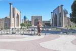 UZBEKISTAN 273 (SAMARCANDA) REGISTAN, ESTA PLAZA ES CONSIDERADA POR MUCHOS COMO LA OCTAVA MARAVILLA DEL MUNDO ANTIGUO