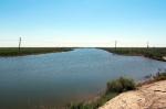 UZBEKISTAN 28 (HUMEDALES CERCA DE MOYNAQ) CANAL DE ALIMENTACION DE HUMEDAL