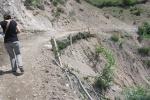 KIRGUISTAN 109 (ARSLANBOB, HACIA LAS CASCADAS SAGRADAS) HAN ARREGLADO EL CAMINO DESPUES DE LAS FUERTE LLUVIAS