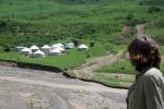 KIRGUISTAN 6 (HACIA EL PAMIR) CAMINO A GULCHA, ENCONTRAMOS LAS PRIMERAS YURTAS
