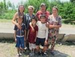 UZBEKISTAN 377 (SALIENDO DEL PAIS) FOTOS DE RIGOR CON LA FAMILIA