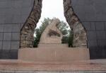 KAZAQUISTAN -2° ENTRADA 59 (SEMEY) MONUMENTOS EN COMMEMORACION CONTRA LOS ENSAYOS NUCLEARES 3