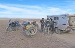 MONGOLIA 96 (POR LA ESTEPA) … LUEGO QUE SE UNIERON A NOSOTROS HASTA LA POBLACION DE ALTAY