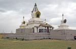MONGOLIA 308 (KARAKORUM-EL MONASTERIO DE ERDENE ZUU) LA ESTUPA DORADA FUE CONSTRUIDA EN 1799 POR EL CUARTO BOGD GEGEEN, LiDER ESPIRITUAL DEL BUDISMO MONGOL