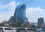 MONGOLIA 423 (EL CENTRO DE ULAN BATOR) LA SKY TOWER AZUL ES EDIFICIO MAS ALTO EN MONGOLIA, FINALIZADO EN 2009, SE UTILIZA COMO ESPACIO DE OFICINAS, TIENE UN HOTEL DE 200 HABITACIONES