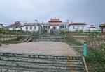 MONGOLIA 436 (HACIA EL NORTE) UN PEQUEÑO TEMPLO EN NUESTRO CAMINO, ESCALERAS DE ENTRADA
