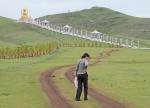 MONGOLIA 501 (EL MONASTERIO DE AMARBAYASGALANT) HACIA EL MONUMENTO A BUDA