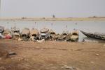 MALI 113 (MOPTI) EN SUS MERCADOS FLUVIALES SE VENDE SAL DEL SAHARA, PESCA, GANADO Y SOBRE TODO ARROZ PRODUCIDO LOCALMENTE
