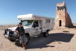 SAHARA OCCIDENTAL 18 ( LA SALIDA DE DAKHLA) ESTO ES UN ANTIGUO OBSEVATORIO SOLAR, QUE SE ENCUENTRA JUSTO EN EL TROPICO DE CAPRICORNIO
