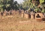 BURKIINA FASO 89 (DE VUELTA DE COSTA DE MARFIL HACIA NIGER) YA HEMOS ENTRADO EN BURKINA FASSO POR LA FRONTERA DE NIANGOLOKO