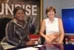 GHANA 66 (ACCRA, NUESTRA INTEVIU EN LA TELEVISION TV3 DE GHANA) LA LOCUTORA ESTABA MUY INTERESADA EN SABER SI PETRA TENIA MIEDO DEL VIAJE Y COMO SE ORGANIZABA PARA LA COMIDA ETC ETC...