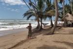 GHANA 89 (POR LA COSTA DE GHANA - PLAYAS ANKOBRA) LAS PLAYAS DE ESTA REGION GOGEN EL NOMBRE DE RIO QUE DESEMBOCA CERCA