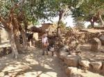 CAMERUN 38 (EXTREMO NORTE) POBLADO DE RHUMSIKI. SITUADO EN LAS MONTAÑAS MANDARA A 110 KM DE MORA Y A 3 KM DE LA FRONTERA CON NIGERIA