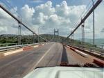 CONGO KINSASA 43. (RIVERA DERECHA RIO CONGO) EL PUENTE MATADI LLAMADO TAMBIEN EL PUENTE DEL MARISCAL MOBUTO
